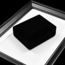 Fekete plüss ékszerdoboz