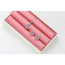 Xuping Ezüst színű rozsdamentes ötvözetből készült nyaklánc és fülbevaló szett rózsaszín strasszal kirakva