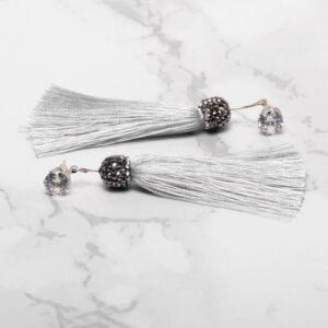 Hosszú strasszköves cérna fülbevaló ezüst színben