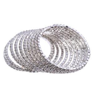 Ezüst színű kövekkel kirakott rozsdamentes acél női karperec