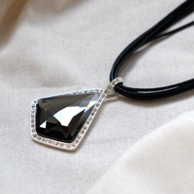 Ezüst színű rozsdamentes acél medálos,női nyaklánc