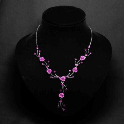 Világos rózsaszín virágos női nyaklánc fülbevaló szett