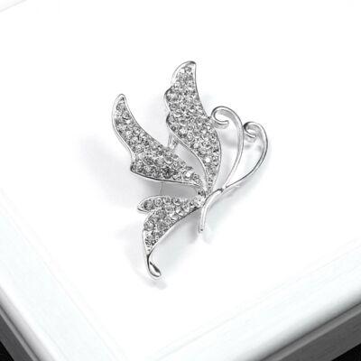 Ezüst színű pillangó bross