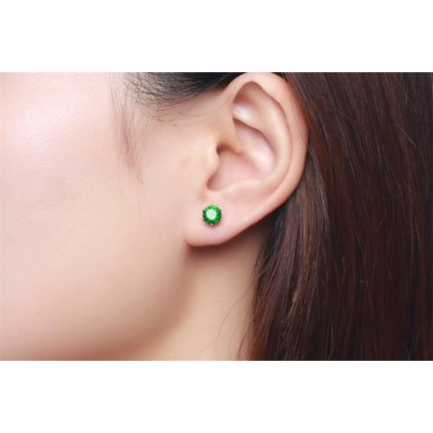 Ezüst színű rozsdamentes acélból készült zöld strasszos fülbevaló